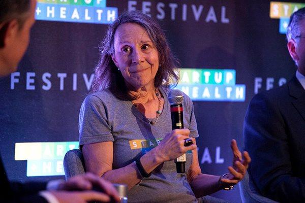 Bà Esther Dyson, cựu Chủ tịch ICANN nay tham gia thành lập một tổ chức để giành quyền quản lý tên miền .org