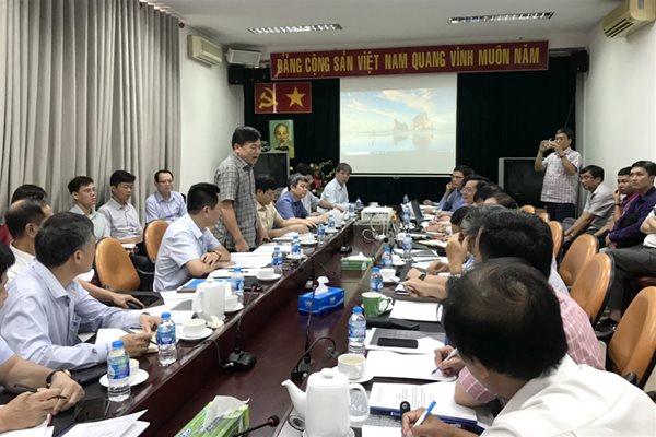 Thứ trưởng Bộ NNPTNT Nguyễn Hoàng Hiệp phát biểu chỉ đạo tại buổi thảo luận. Ảnh: Nam Bình